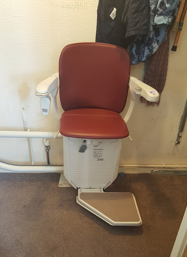 Reconditioned Stannah curved stairlift from Central Mobility
